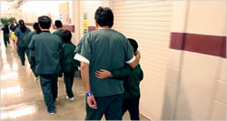 U.S. to Reform Policy on Detention for Immigrants